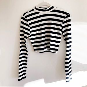 Forever 21 Striped Crop Top Black & White Small